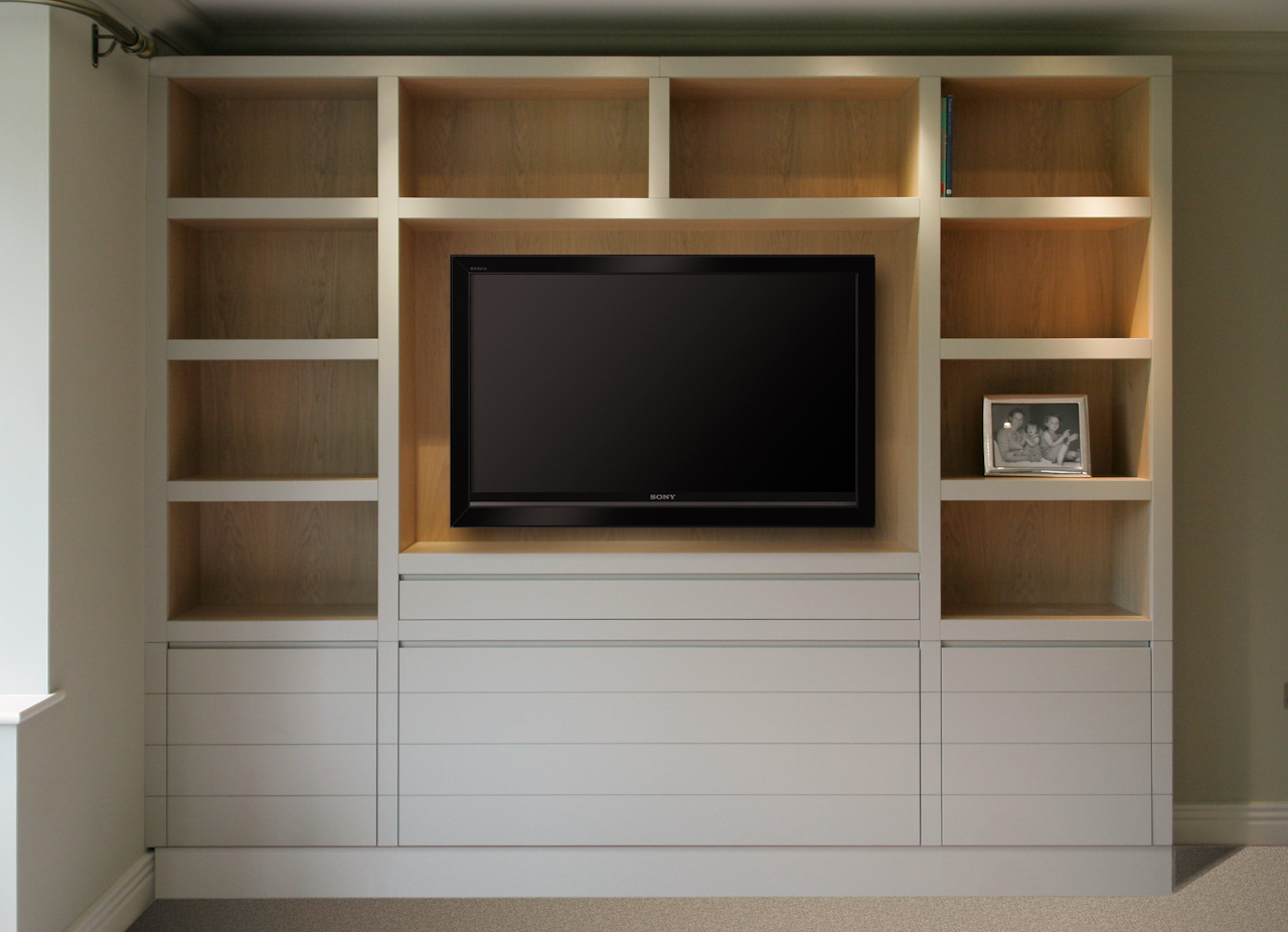 Proline for Tv and media storage units